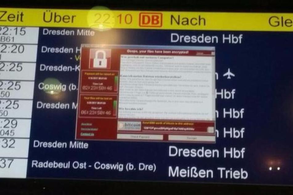 Die Anzeigetafel am Bahnhof Neustadt war versperrt mit einem roten Fenster.