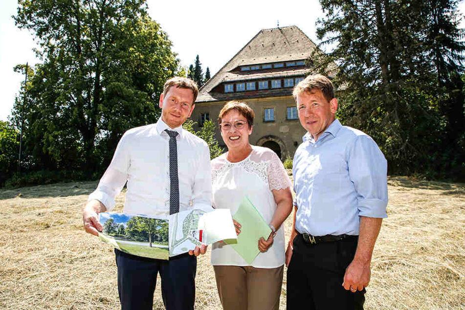 Michael Kretschmer (44, CDU, l.) mit der Bundestagsabgeordneten Patrica Lips (55, CDU) und Tharandts Oberbürgermeister Silvio Ziesemer (50, parteilos).