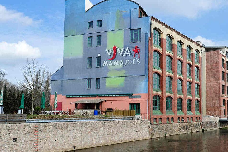 Erst Besteck-Fabrik, dann Gastrotempel. Bald wird der Klinkerbau an der Chemnitz ein Lofthaus sein.