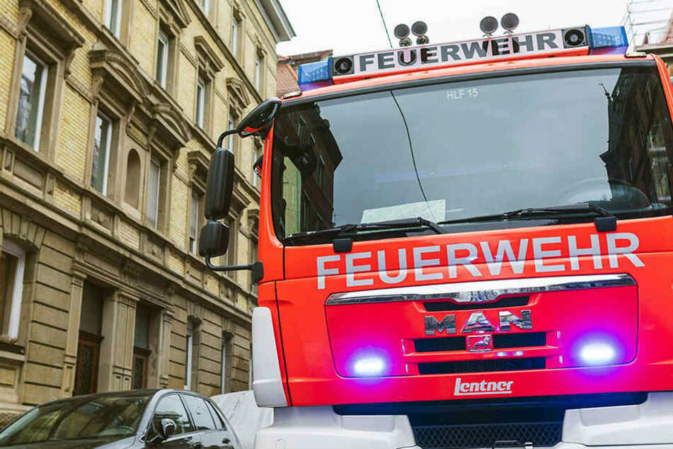 In Dresden verursachte eine 80-Jährige in einem Hochhaus einen Brand.