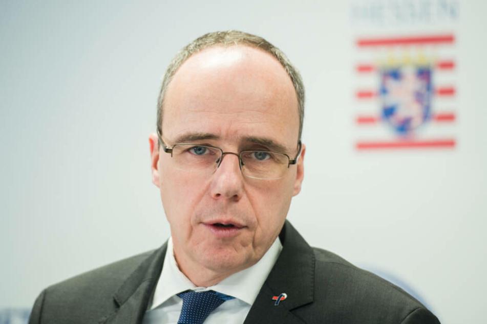 """""""Der Rechtsstaat ist wehrhaft und handlungsfähig"""", sagt Peter Beuth."""