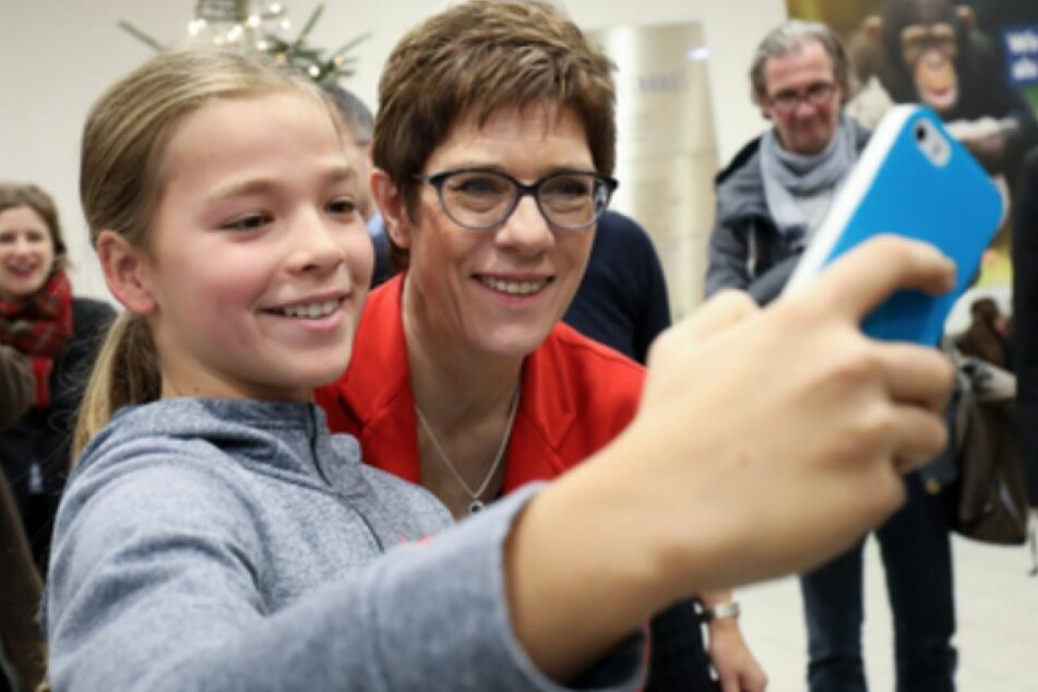 Annegret Kramp-Karrenbauer (56, CDU) ist als Politikerin beliebt.