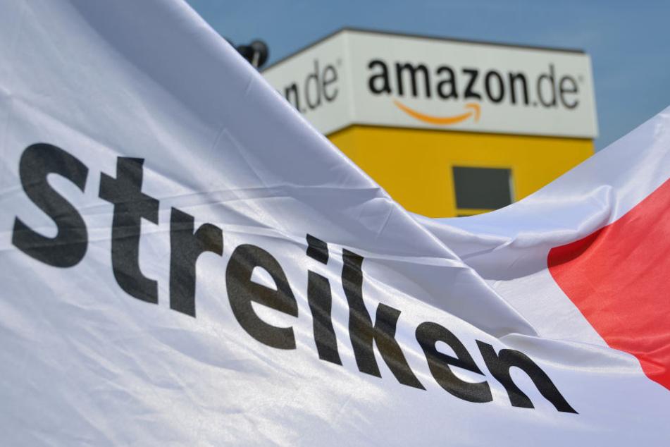 Verdi will seit Jahren bei Amazon Verhandlungen über einen Tarifvertrag erzwingen. (Symbolbild)