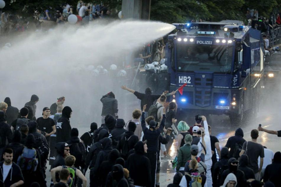 Beim G20-Gipfel in Hamburg schlug der Protest in Gewalt um. Sachsen will eine derartige Eskalation zur IMK unbedingt verhindern.