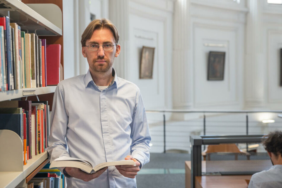 Politikwissenschaftler Dr. Hendrik Träger (37).