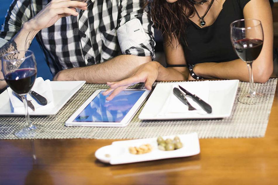 In San Francisco serviert ein französisches Restaurant sein Menü auf einem iPad.