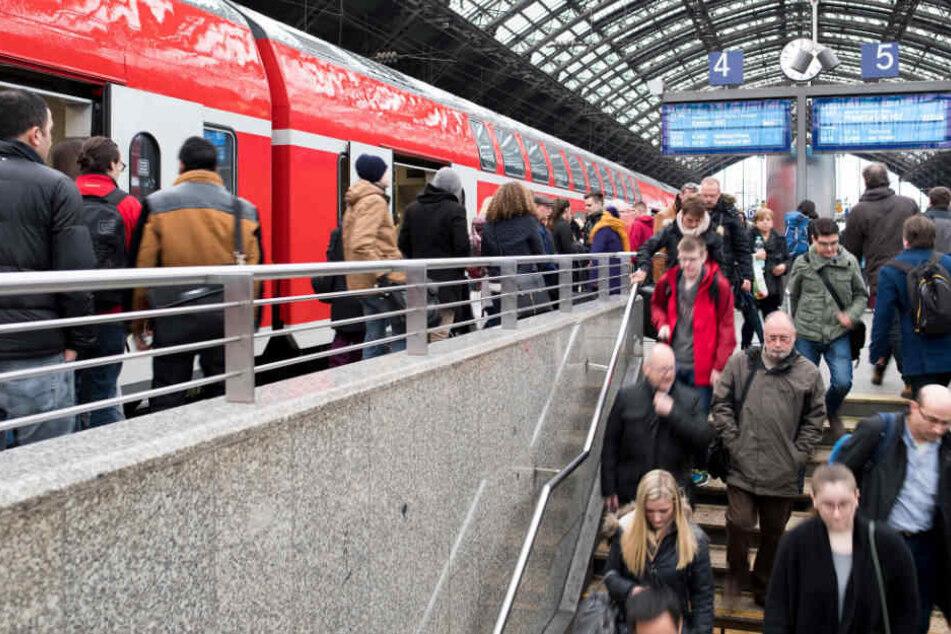 Die Bahnfahrer müssen mit umfangreichen Fahrplan-Änderungen rechnen.