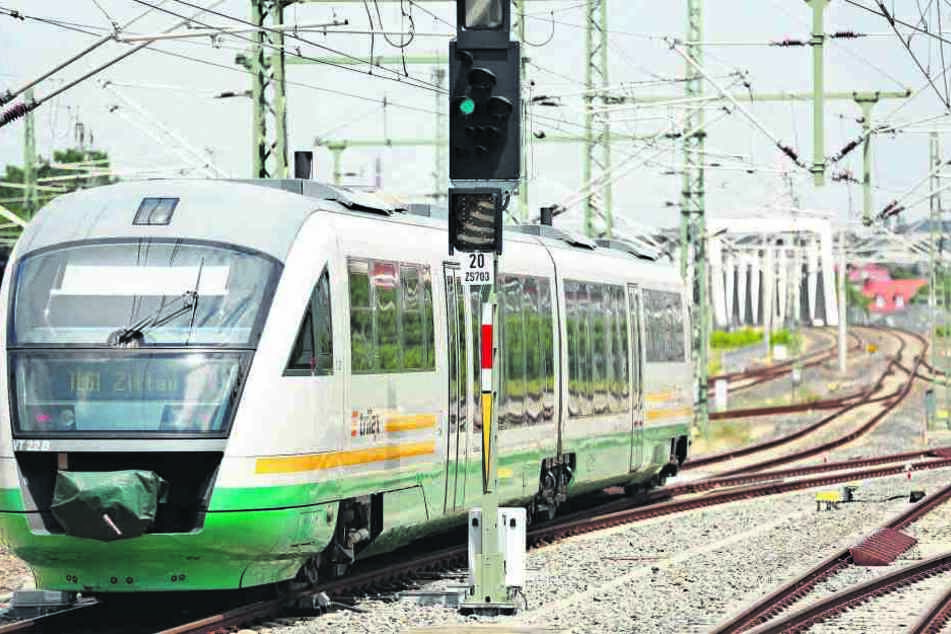 In der Vogtlandbahn und dem Trilex sollen künftig auch serbische Lokführer eingesetzt werden.