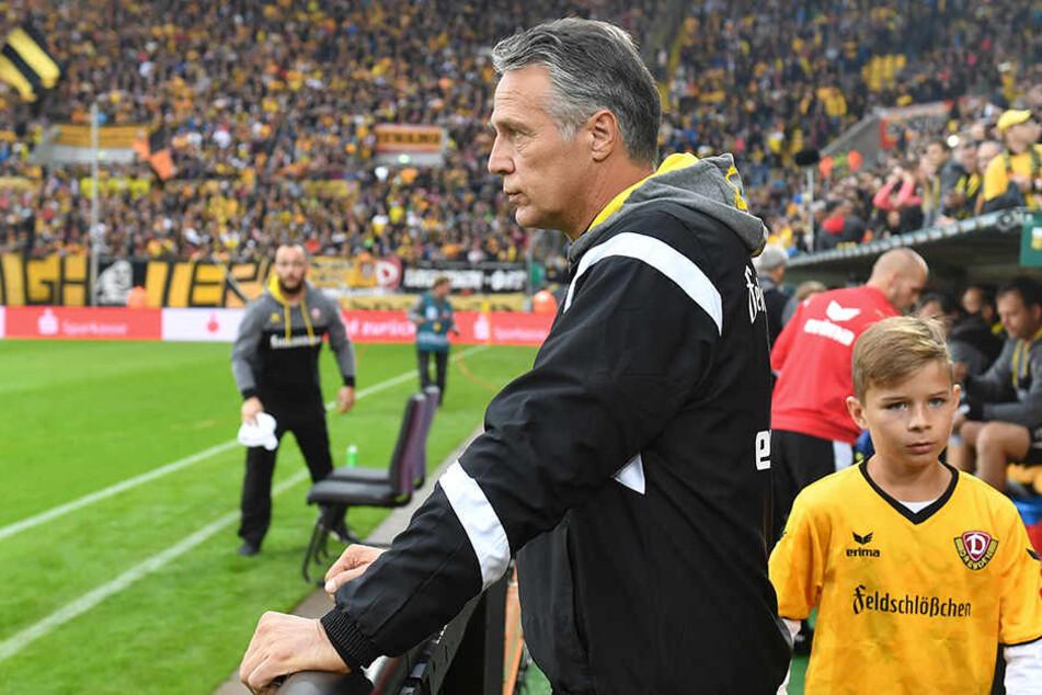 Kann Dynamo-Trainer Uwe Neuhaus morgen  zum ersten Mal gegen Greuther Fürth gewinnen?