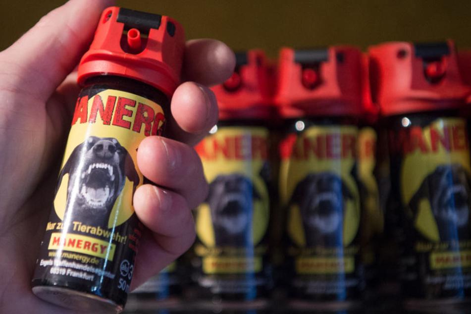 Als Tierabwehrspray lässt sich Pfefferspray mittlerweile vielerorts kaufen (Symbolfoto).