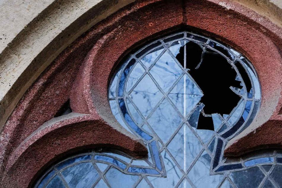 Leipzig: Historische Scheiben der Thomaskirche zerstört: So könnt auch Ihr helfen
