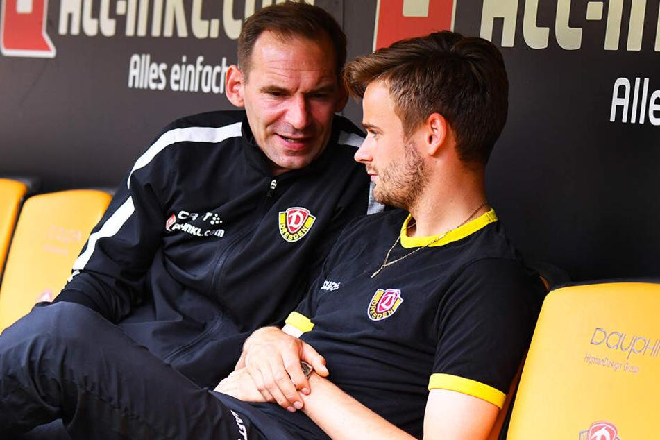Sascha Lense (l., hier mit Lucas Röser) kümmerte sich bei Dynamo um die Psyche der Spieler.
