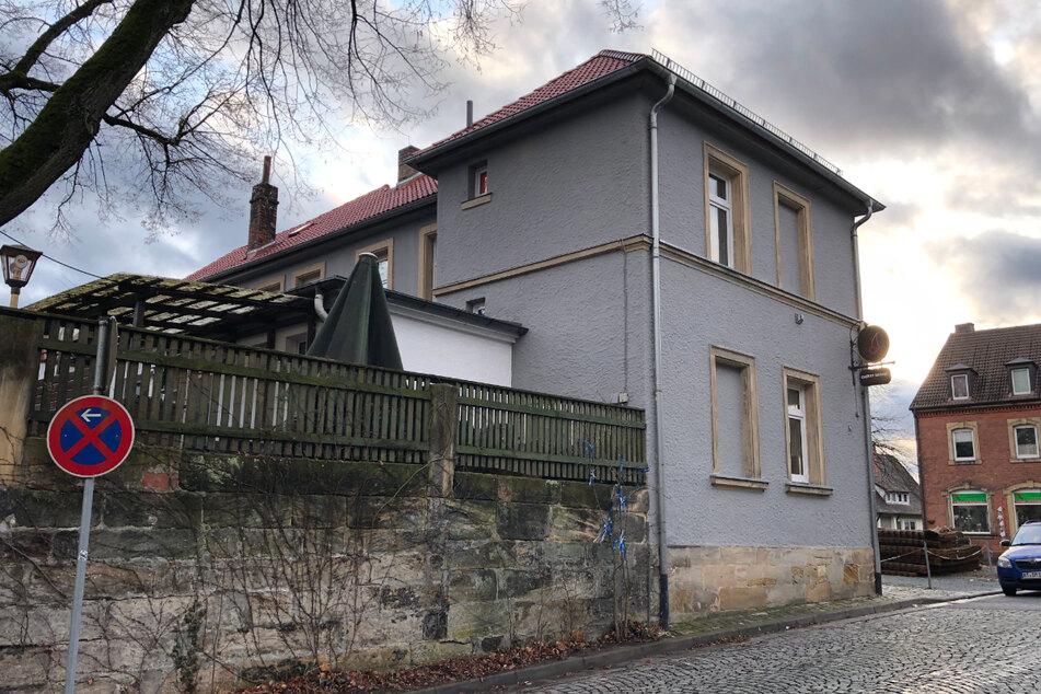 Das Wohnhaus, in dem die mutmaßliche Vergewaltigung stattgefunden haben soll.