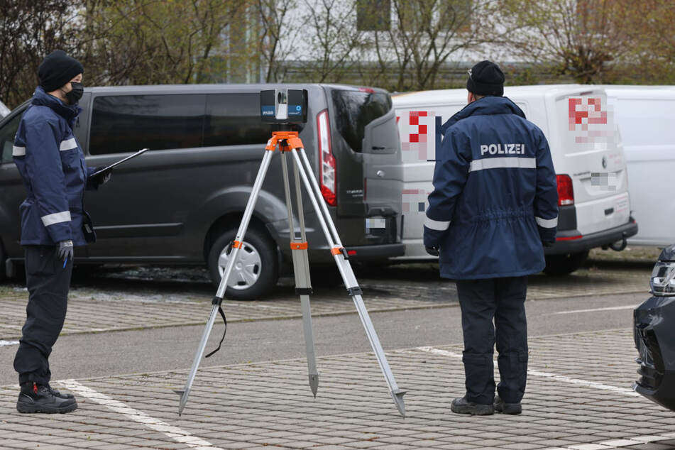 Beamte der Spurensicherung waren am Donnerstagmorgen am Tatort.