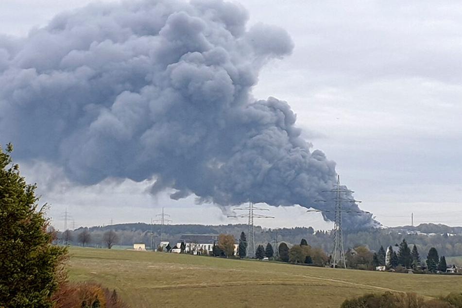 Die Rauchwolke war kilometerweit zu sehen.