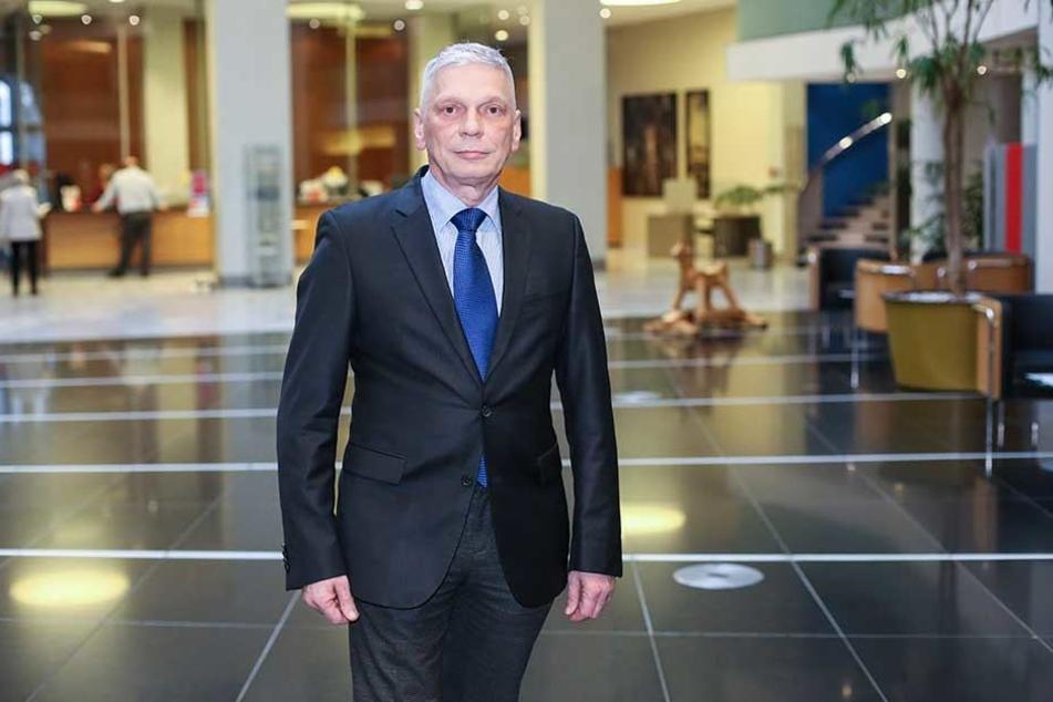 Retter in höchster Not: Andreas Rieger (55), Sprecher der Ostsächsischen Sparkasse Dresden.