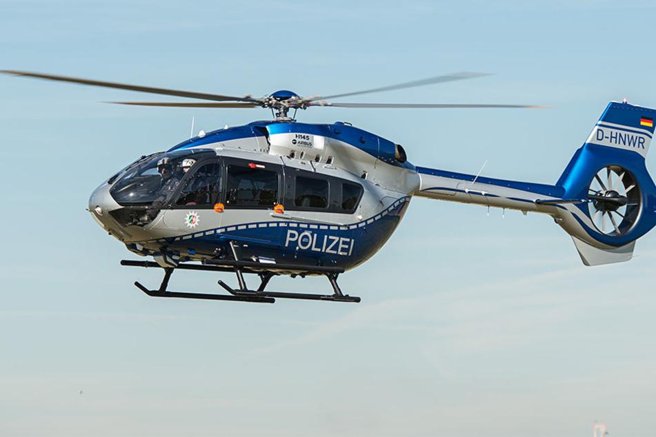 Ein Polizeihubschrauber wurde zur Suche angefordert.