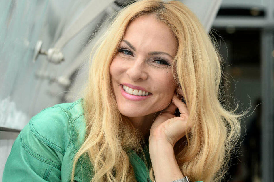 """Von 2003 bis 2006 moderierte Sonya Kraus die Heimwerker-Sendung """"Do It Yourself - S.O.S."""" auf ProSieben."""