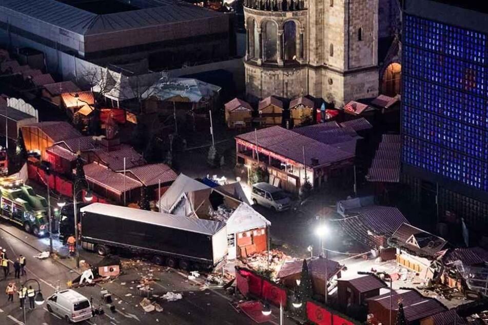 Am 19. Dezember 2016 war der Terrorist Anis Amri mit einem Sattelzug in den Berliner Weihnachtsmarkt an der Gedächtniskirche gerast.