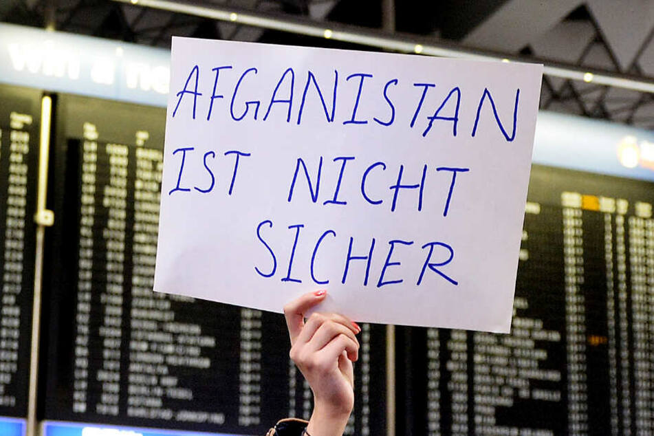 Abschiebungen nach Afghanistan sind umstritten (Symbolbild).