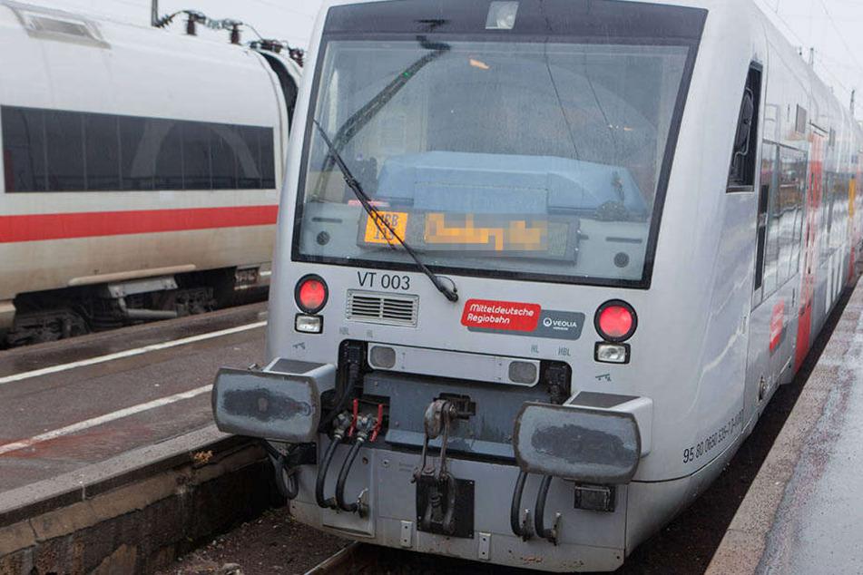 Der Angriff geschah in einer Mitteldeutschen Regiobahn (Symbolbild).