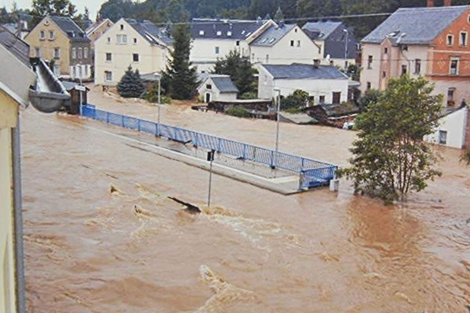 Paradox: Wegen zu hoher Hochwasserpegel in Chemnitz hat die LTV gestern im Rathaus das Flutbecken erneut abgelehnt.