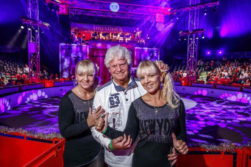 Jedes Jahr dabei: Dixie-Chef Joachim Schlese (80) und die Dresden-Zwillinge Claudia und Carmen (45, Schleses Frau).