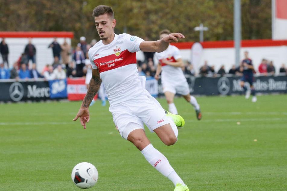Am Ball: Jan Kliment, der aktuell nur bei der Stuttgarter Reserve ran darf.