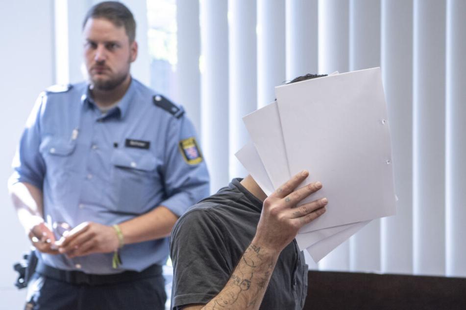 Ali Bashar während des Prozesses vor dem Landgericht in Wiesbaden.