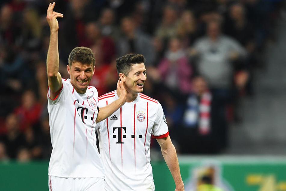Star-Aufgebot beim FC Bayern München: Thomas Müller (l.), WM-Torschützenkönig von 2010, und Robert Lewandowski (r.), dreifacher Torschützenkönig der Bundesliga haben ihre Klasse schon oft genug unter Beweis gestellt.