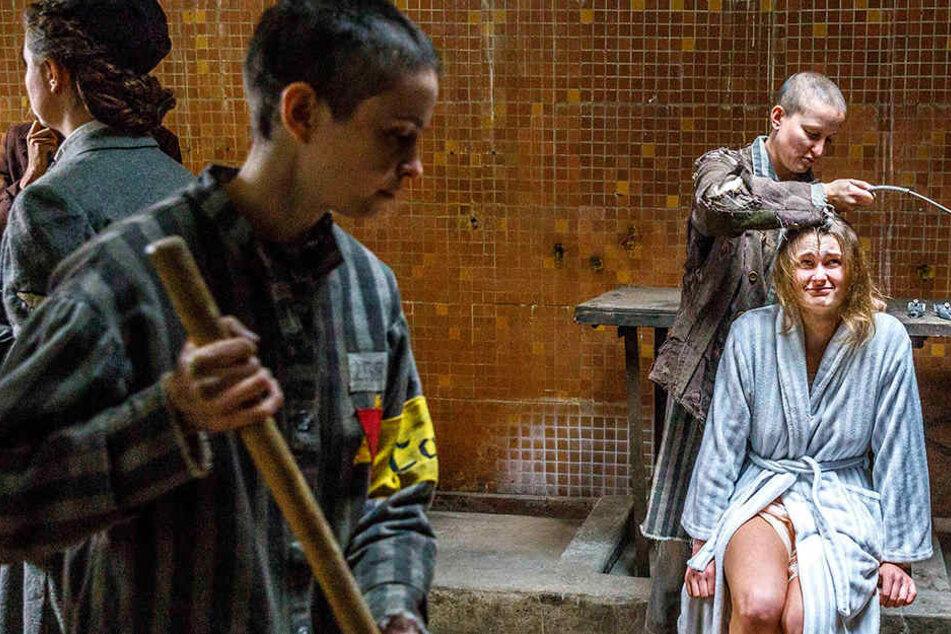Da waren die Haare noch dran. Für eine Schlüsselszene soll Komparsin  Hannah Kanera (18) ihre Haarpracht opfern.