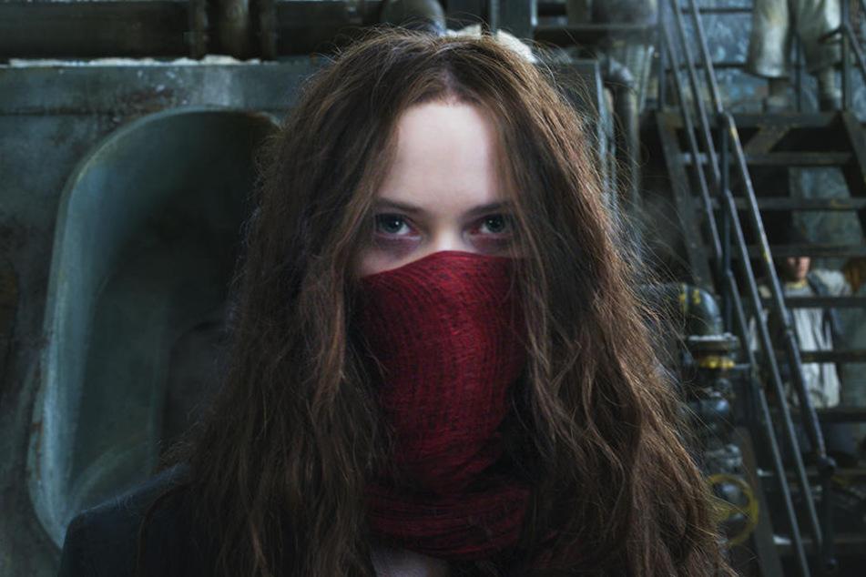 Hester Shaw (Hera Hilmar) sinnt auf Rache für den Tod ihrer Mutter Pandora Shaw (Caren Pistorius)