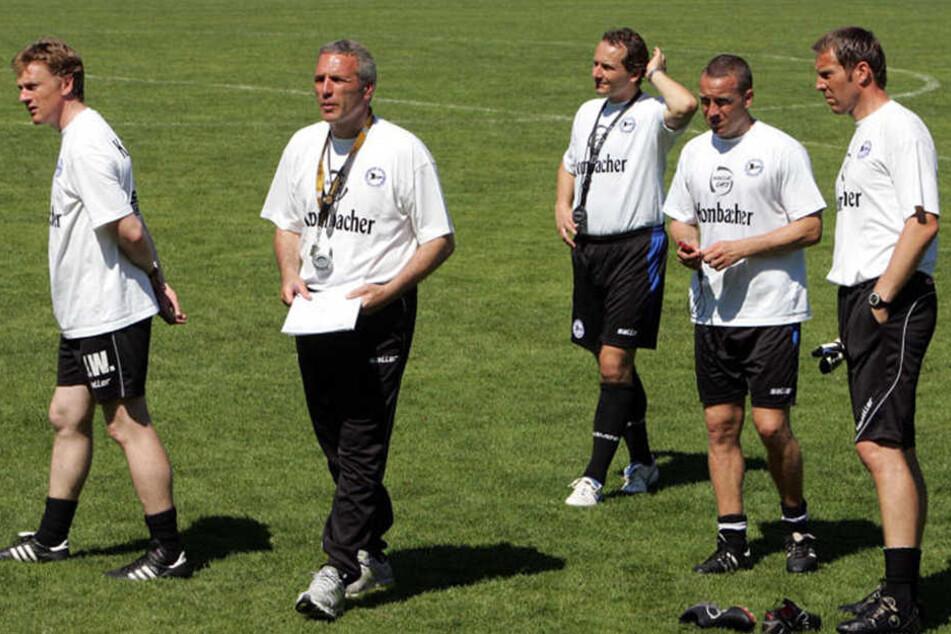 """2007 war Weber (li.) als Co-Trainer von """"Jahrhundert-Trainer"""" Ernst Middendorp beim DSC angestellt."""