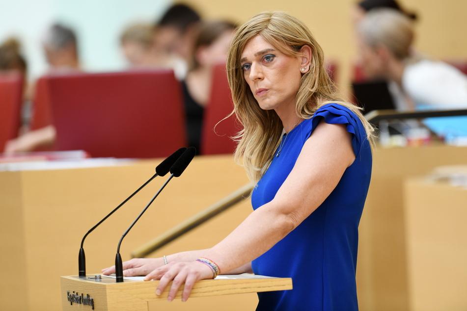 Grünen-Politikerin Tessa Ganserer (43) wurde zum Ziel der digitalen Hassattacke.