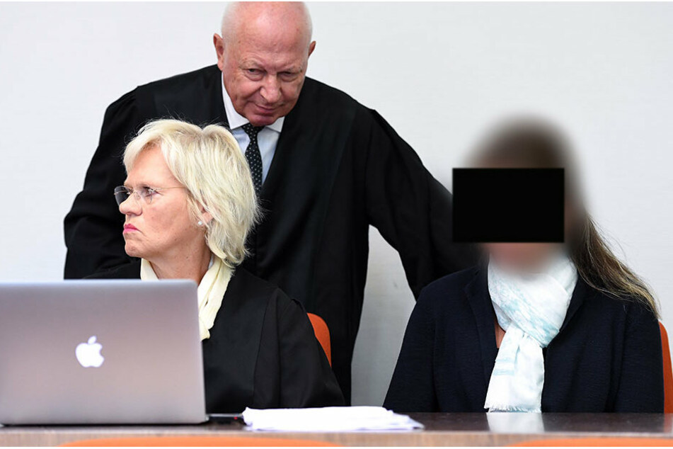 Die Angeklagte vor Gericht.