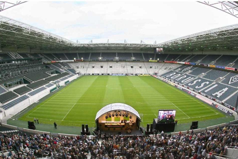 Der Angriff geschah im direkten Umfeld des Borussia-Parks in Mönchengladbach (Archivbild).