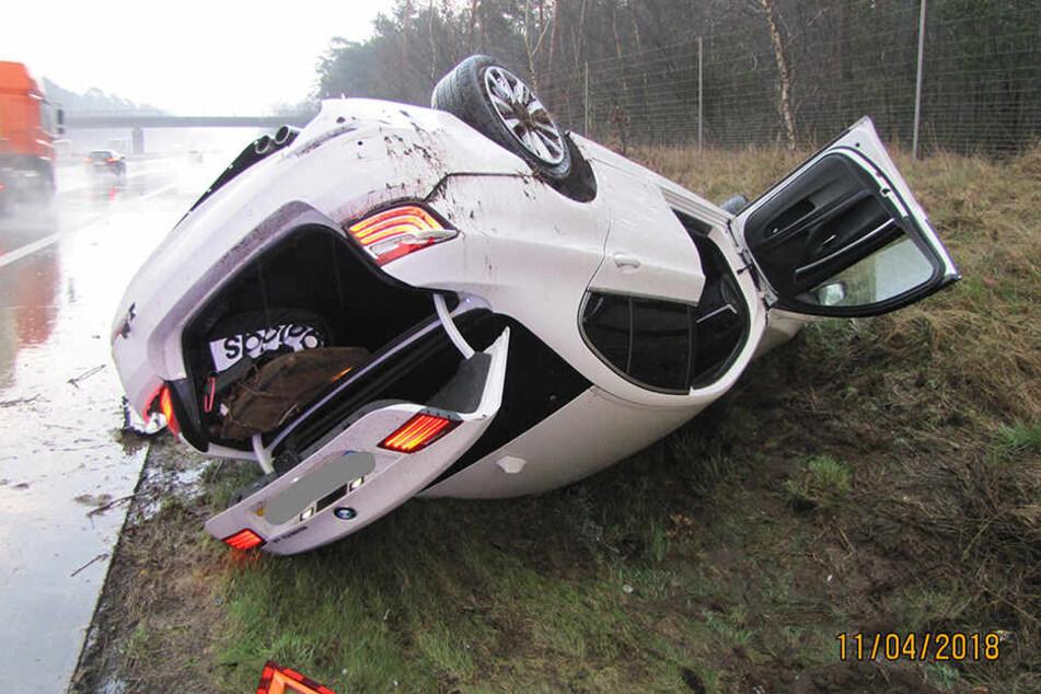 Trotz regennasser Fahrbahn rauschte der 25 Jahre alte Mann aus Polen viel zu schnell über die Autobahn 2.