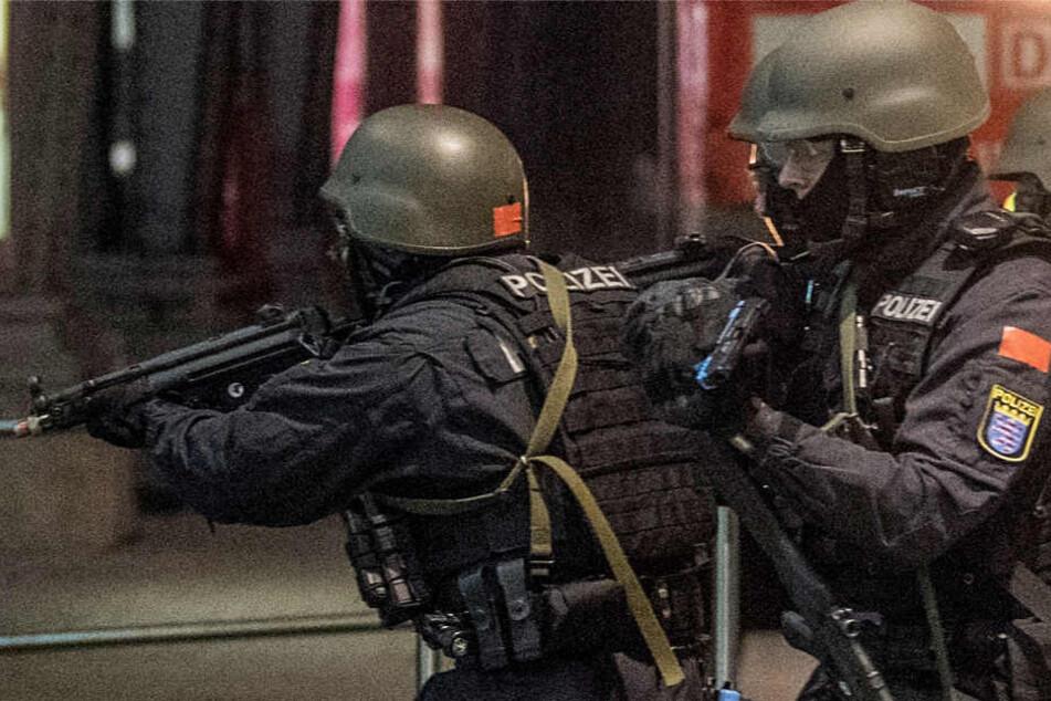 Die Reaktionen normaler Streifenpolizisten bei einem Terroranschlag standen im Mittelpunkt der Übung.