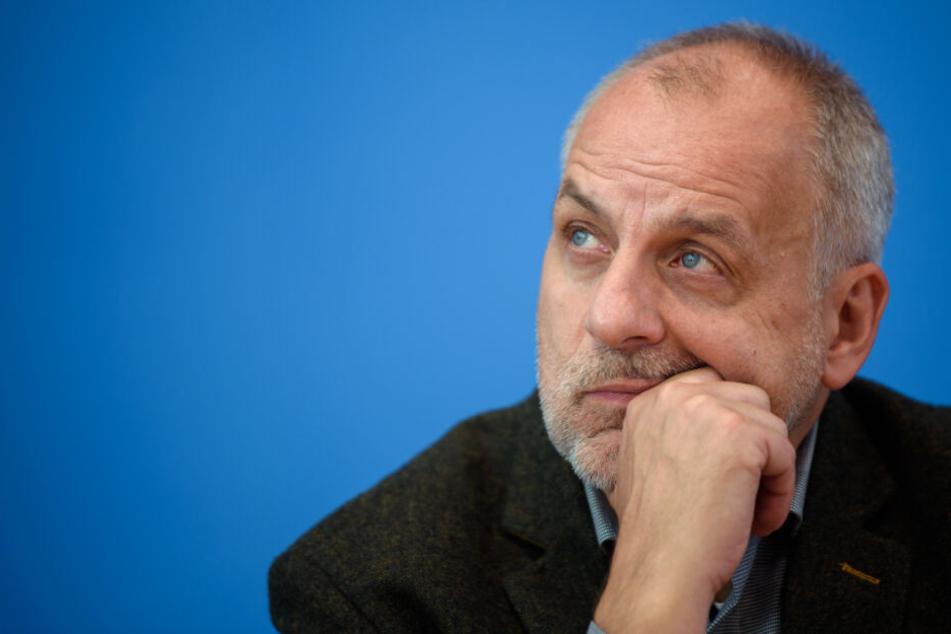 Der Landtagsabgeordnete Rico Gebhardt (56, Linke) fragte nach.