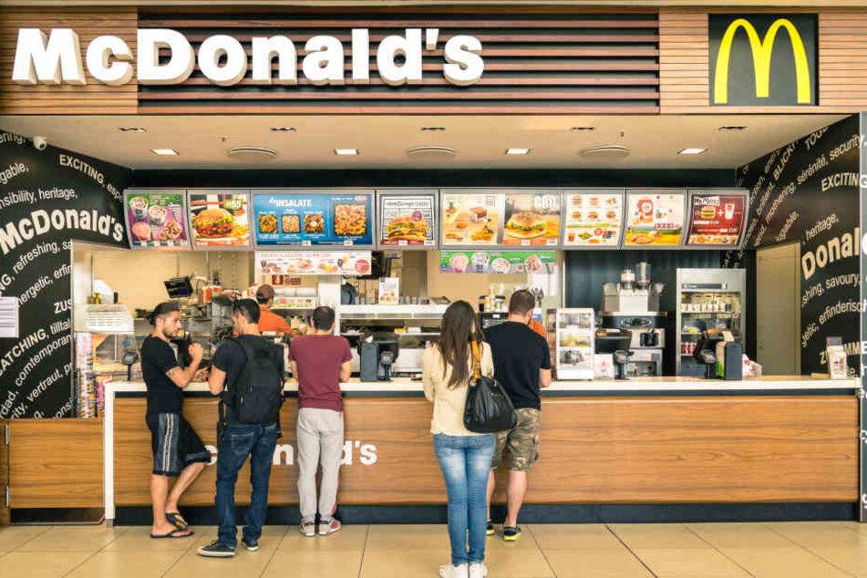 Forscher finden Darm- und Stuhlbakterien auf Touchscreens bei McDonald's. (Symbolbild).