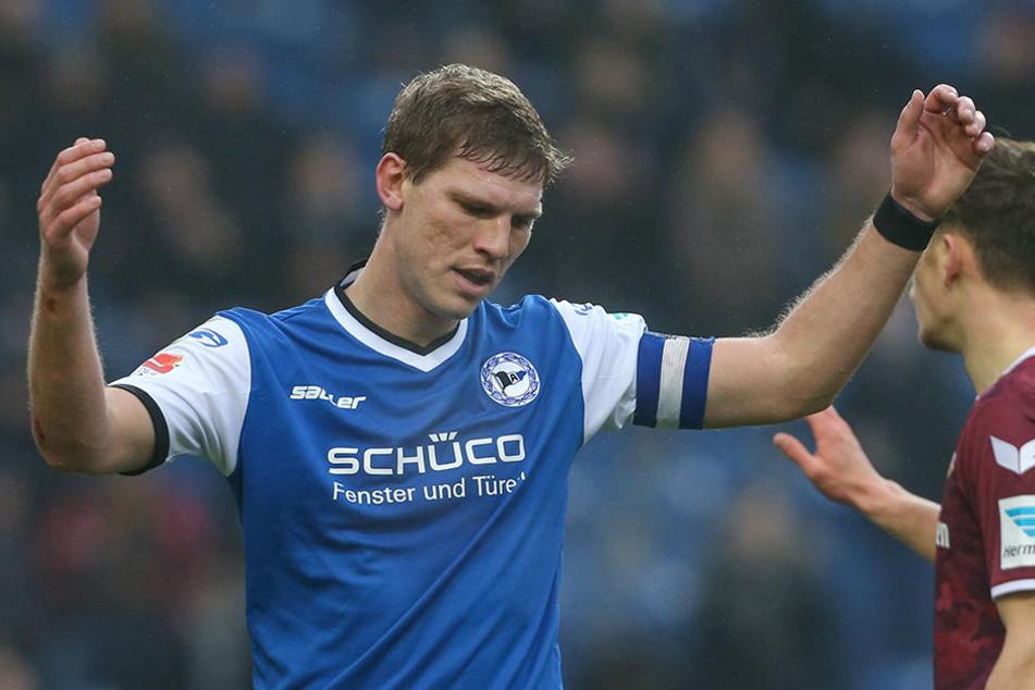 Arminia Bielefeld befindet sich nach der Niederlage wieder auf einem Abstiegsplatz.