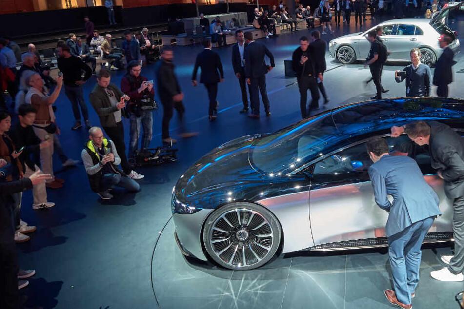 Paukenschlag: Daimler entwickelt keine Verbrennungs-Motoren mehr!