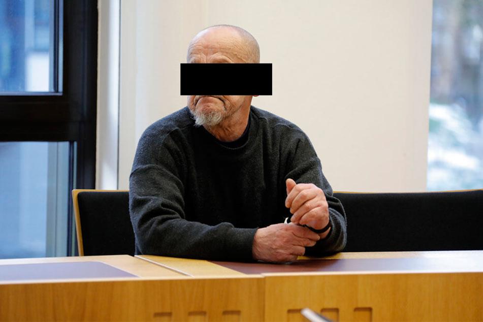 Bombendroher Willi B. (65) löste insgesamt sechs Mal Großalarm im Zentrum aus. Dafür stand er jetzt vor Gericht.