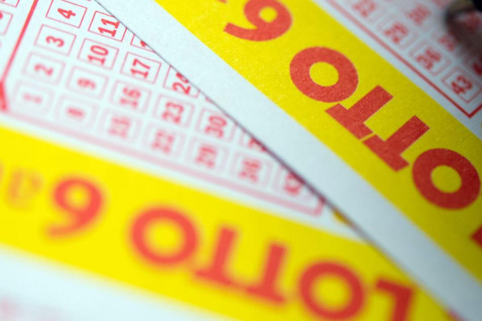 Glück im Lotto: Fünf Spieler feiern an Silvester ihren Mega-Gewinn