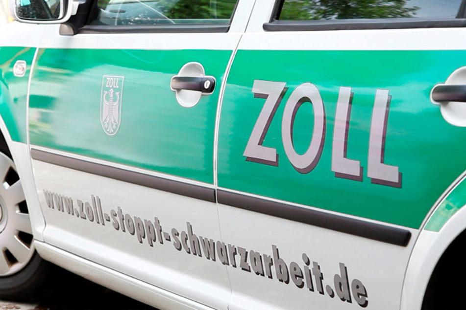 Der Hinweis, dass die beiden Männer mit einem gestohlenen Auto unterwegs sind, kam vom Zollfahndungsamt.