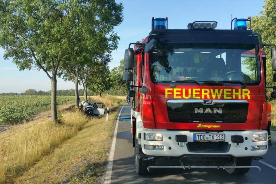 Frau (59) verbrennt in Auto: Feuerwehrmann äußert sich zum Horror-Crash auf der B87