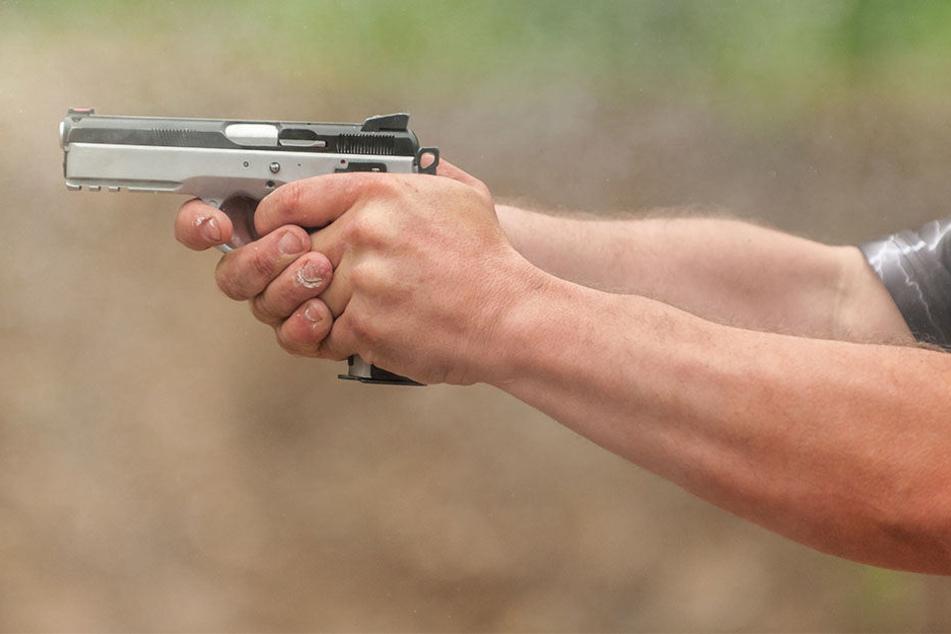 Der Mann erschoss erst seine Frau, später sich selbst.