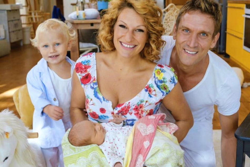 Janni Hönscheid (28) und Peer Kusmagk (44) sind zum zweiten Mal Eltern geworden.