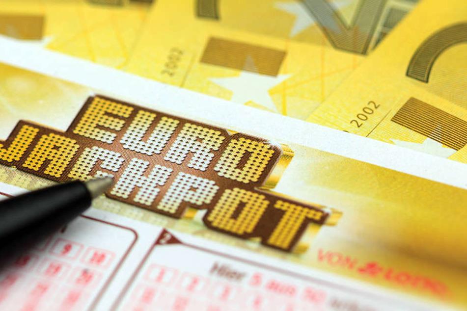Wahnsinn! Der Lotto-Jackpot in Höhe von 90 Millionen Euro wurde geknackt.