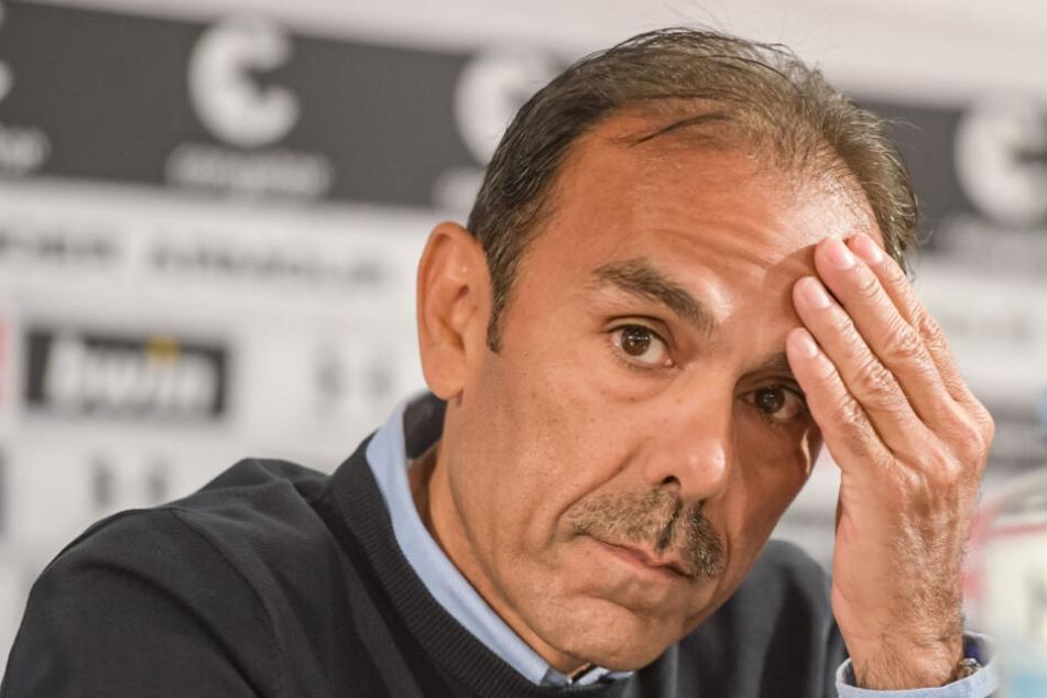 St. Paulis Trainer Jos Luhukay zerbricht sich den Kopf über die Aufstellung.